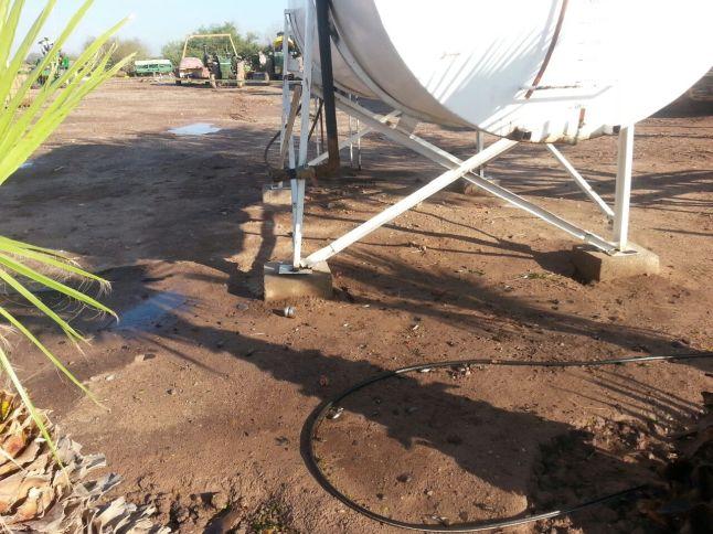 daños en cisterna de diesel en campo (2)