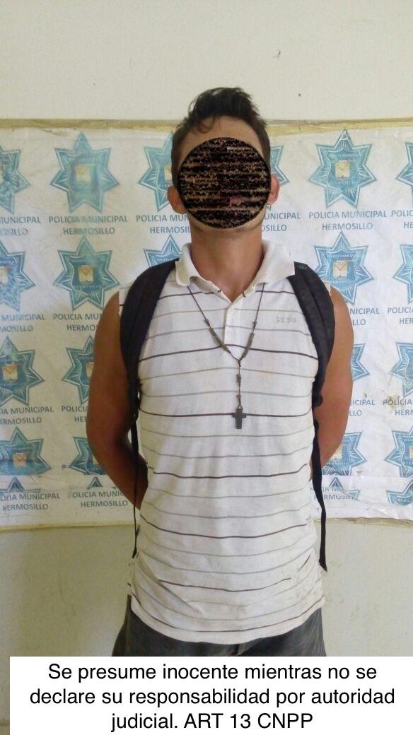 detenido por robo a local Premier en Miguel Alemán (1)